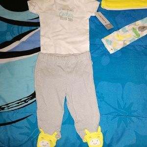 Carter's NB Baby Boy Outfit